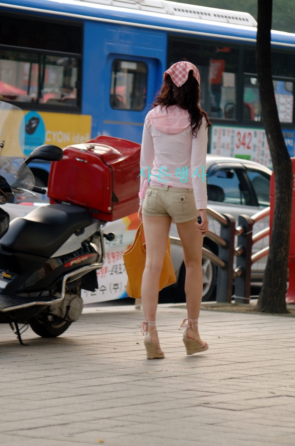 ホットパンツフェチ part21 [無断転載禁止]©bbspink.comYouTube動画>18本 ->画像>831枚